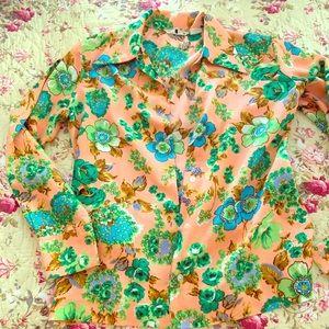 Vintage floral button down medium